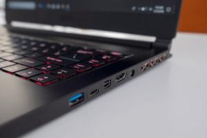 Обзор ноутбука MSI GS65 Stealth