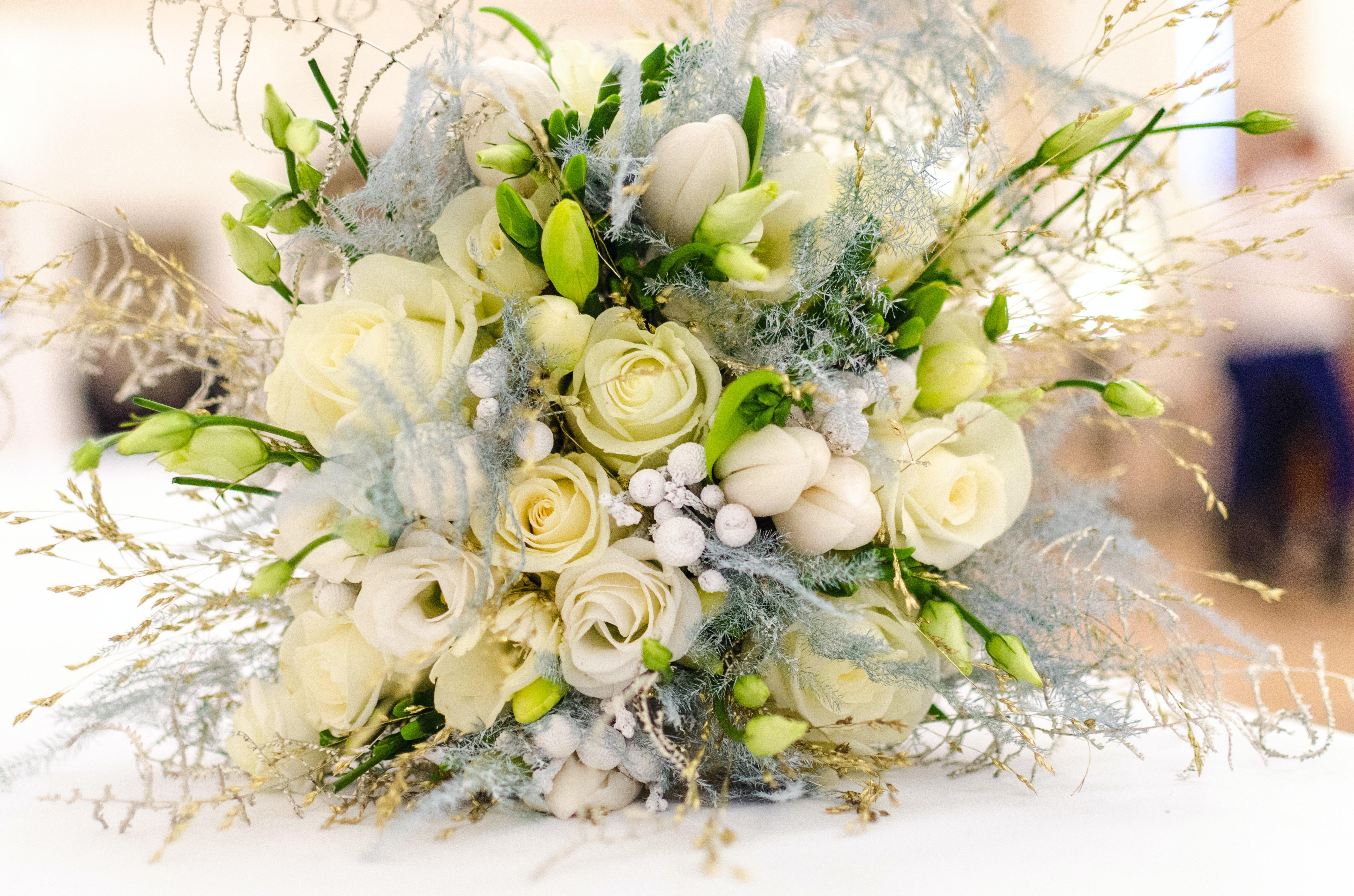 Важные правила составления свадебных букетов